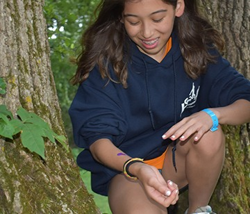 During Free to Learn, campers have the opportunity to spend some unstructured time in the Walnut Grove. The concept of Free to Learn incorporates child-directed, mixed-age play, with adults as resources, not directors. A great way to foster growth and independence, some campers build forts with friends, while others explore nature, while others make up new adventures. Either way, it's a time of learning for all!